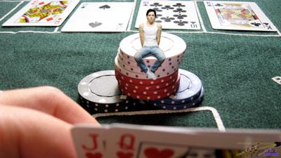 Seul perdu dans les règles du Poker
